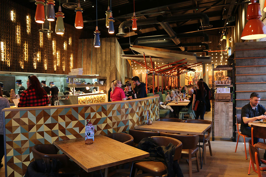 NANDO'S NOW COMPLETE
